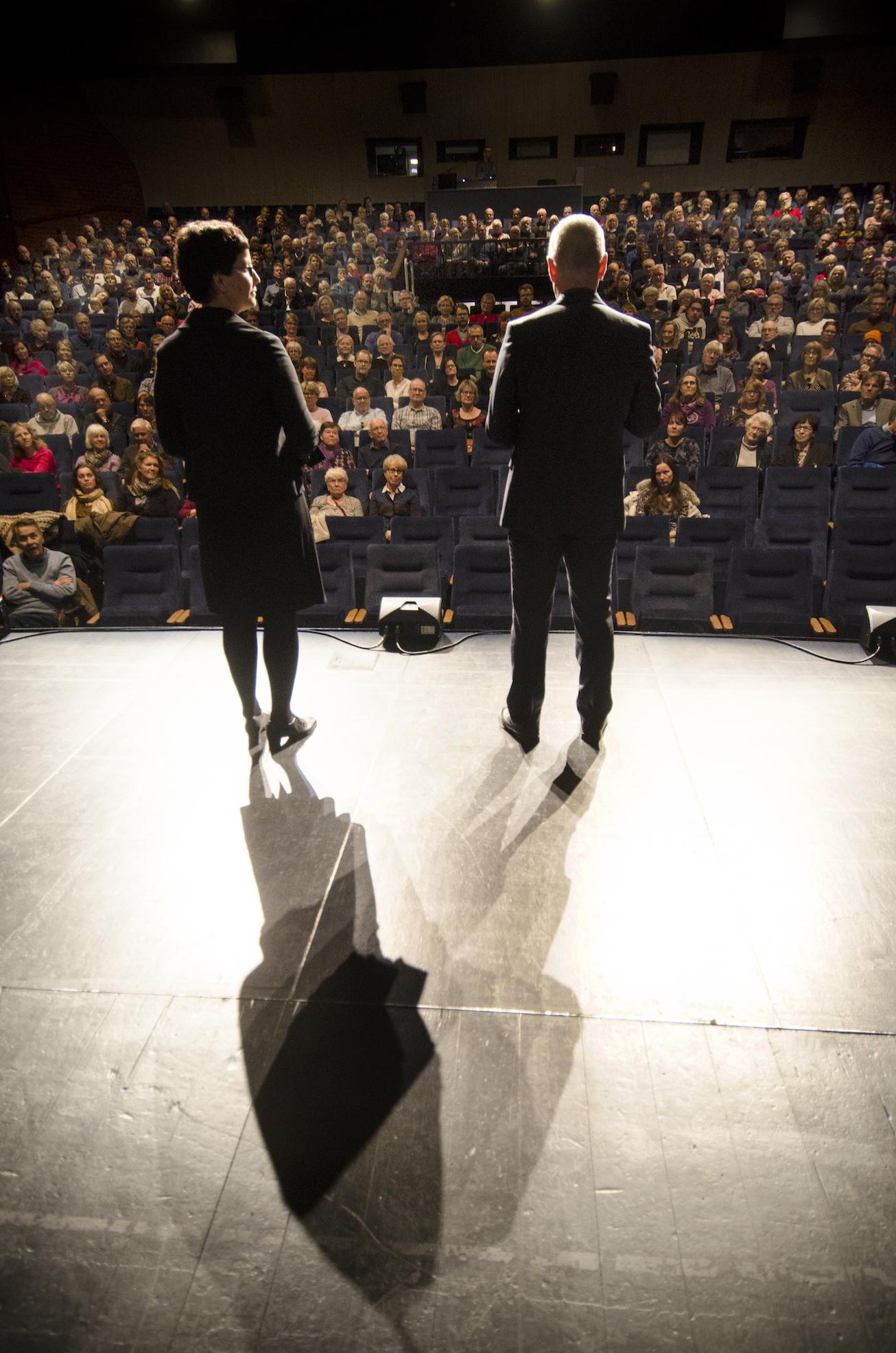 Pia och Hans på scen_liten